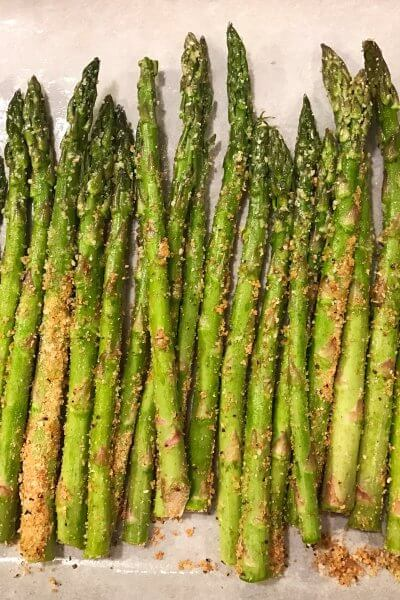 Parmesan Garlic Roasted Asparagus
