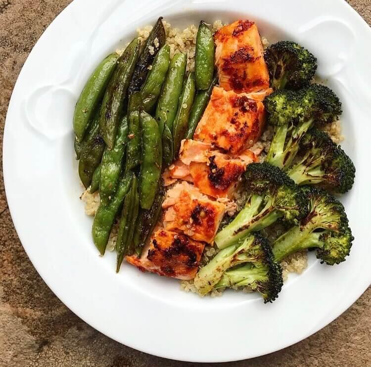 spicy salmon and broccoli quinoa bowl6