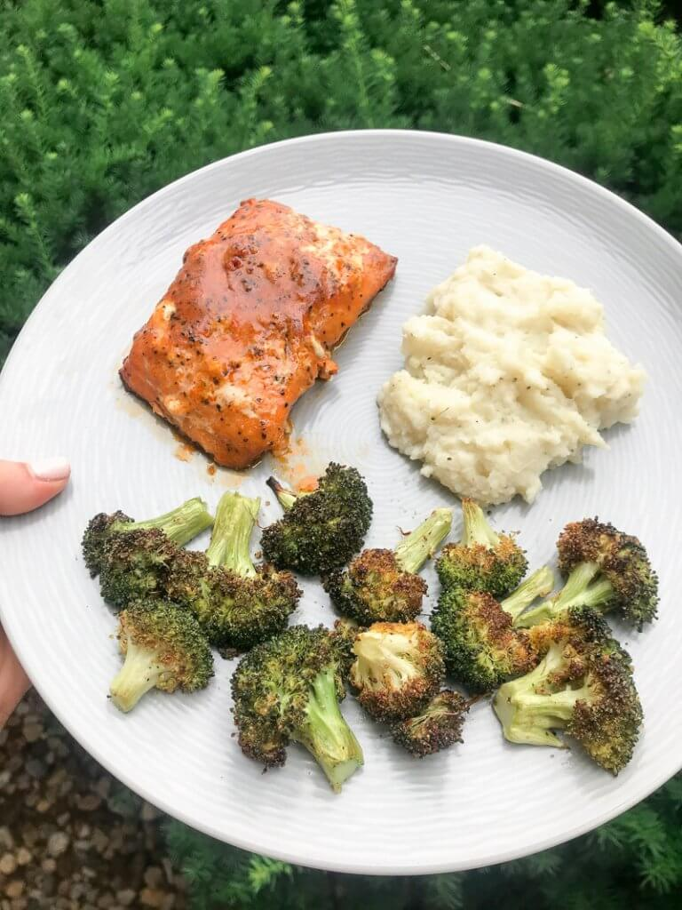 easy cauliflower mashed potatoes salmon