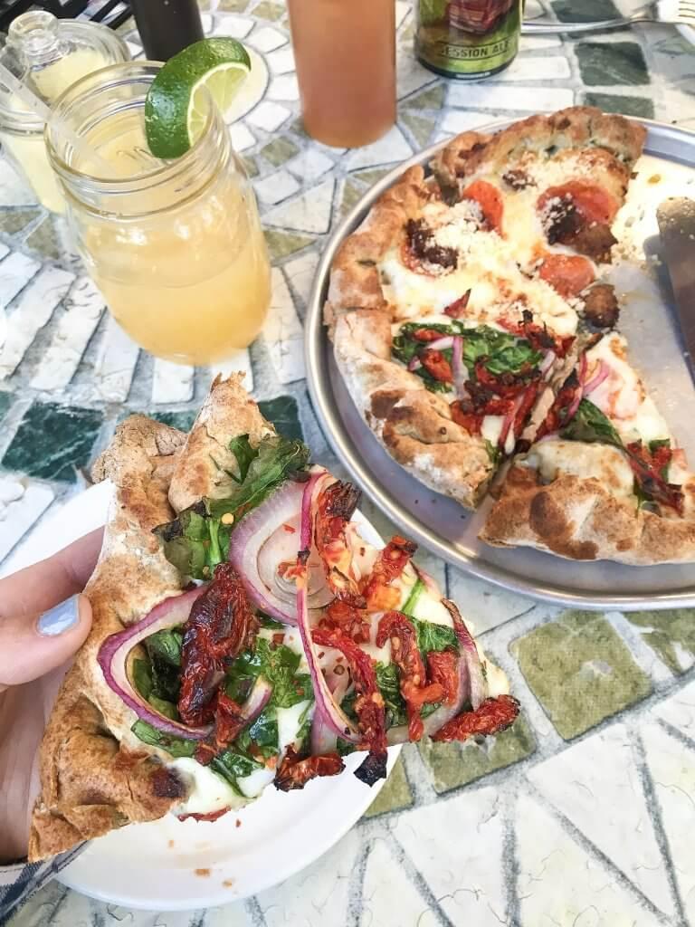 granby colorado / fraser / hernando's pizza and pub