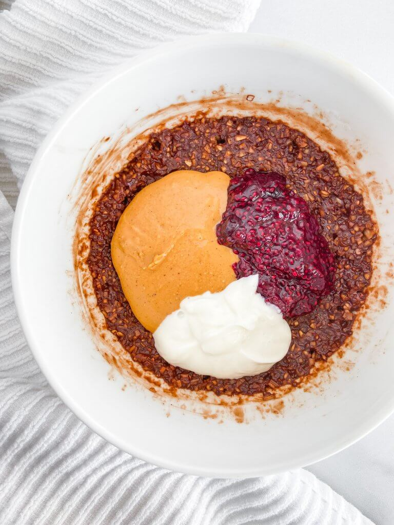 peanut butter and jelly protein oatmeal
