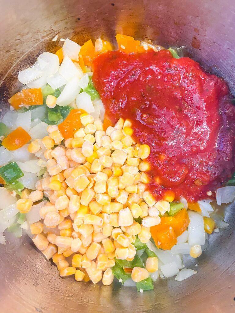 healthy chicken fajita soup